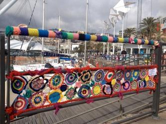 Yarnbomb railing Genoa