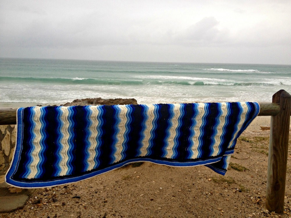 Atlantic Waves ripple blanket Ta-daaaah! (4/6)