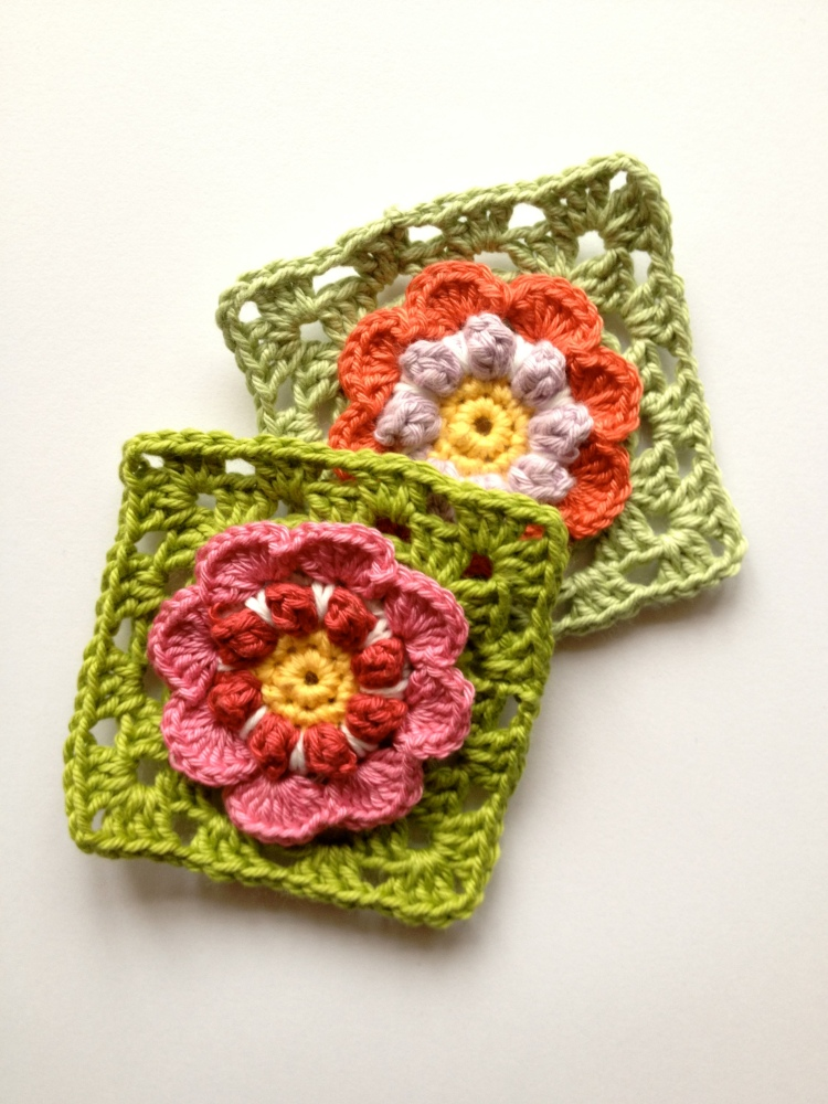 Granny Square In Bloom pattern (2/2)