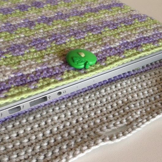tapestry crochet laptop cover