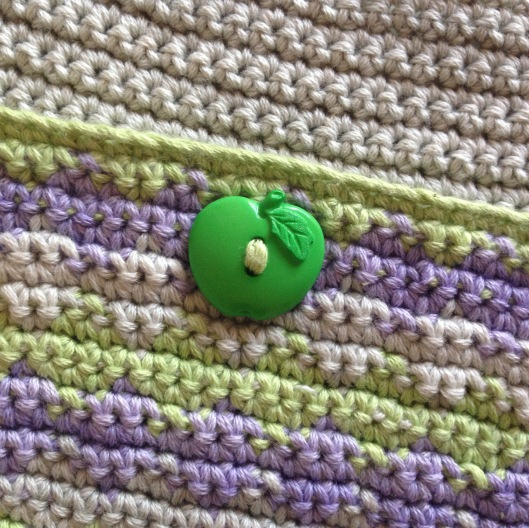 tapestry crochet apple button