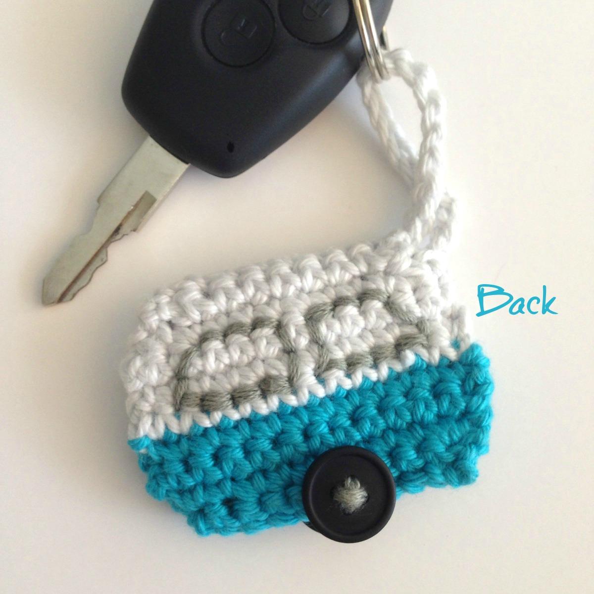 Crochet a caravan keychain   crochetime