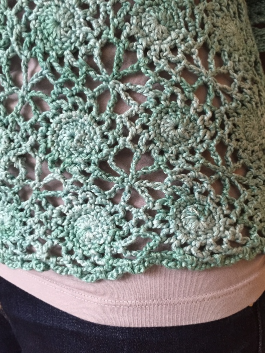 Drops Design crochet top