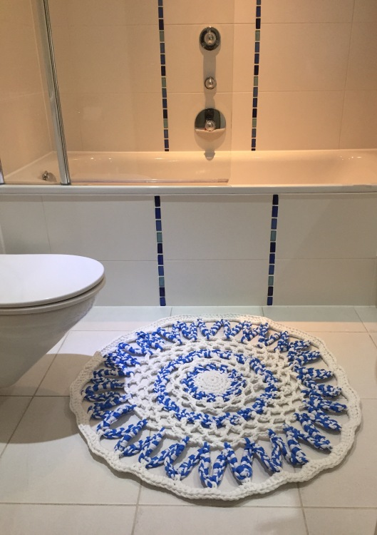 crochet bathroom mat