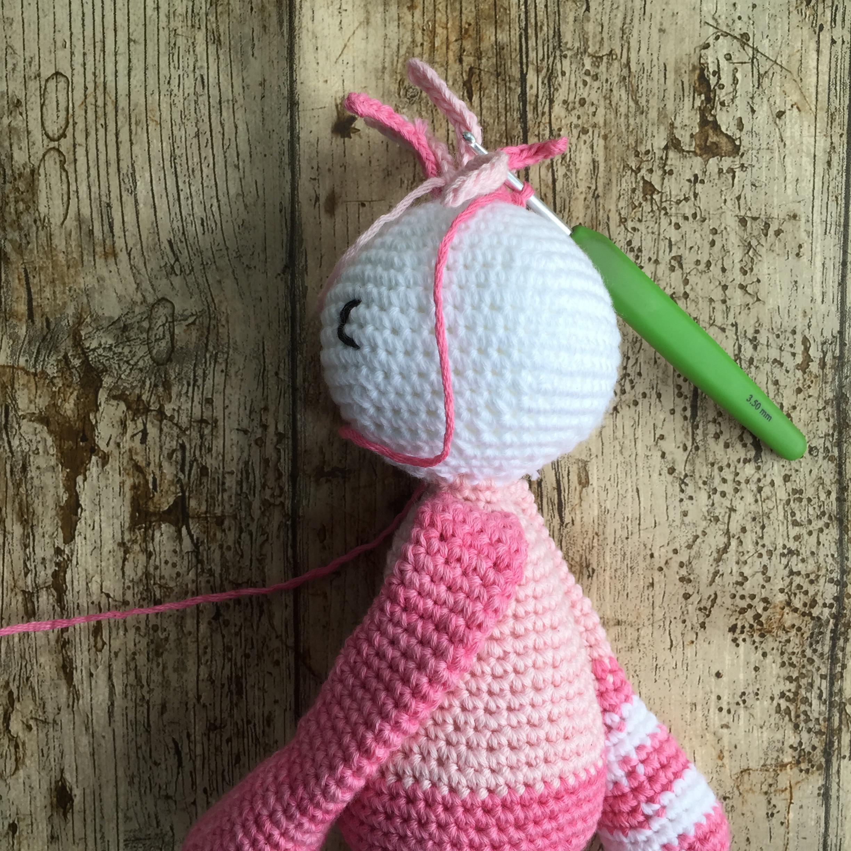 Ravelry: Carrot Hugging Bunny pattern by Sharon Ojala | 2448x2448